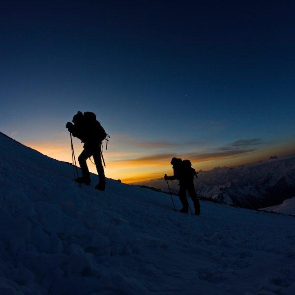 восхождение на две вершины эльбруса